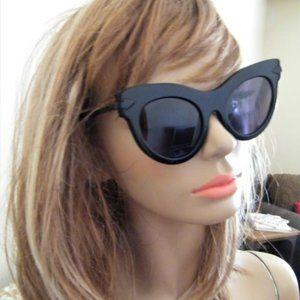KAREN Walker NWT Black CATEYE Sunglasses w Case